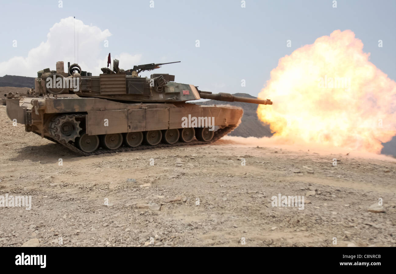 A M1A1 Abrams battle tank from Tank platoon Alpha Company, Battalion Landing Team 1st Battalion, 9th Marine Regiment, Stock Photo