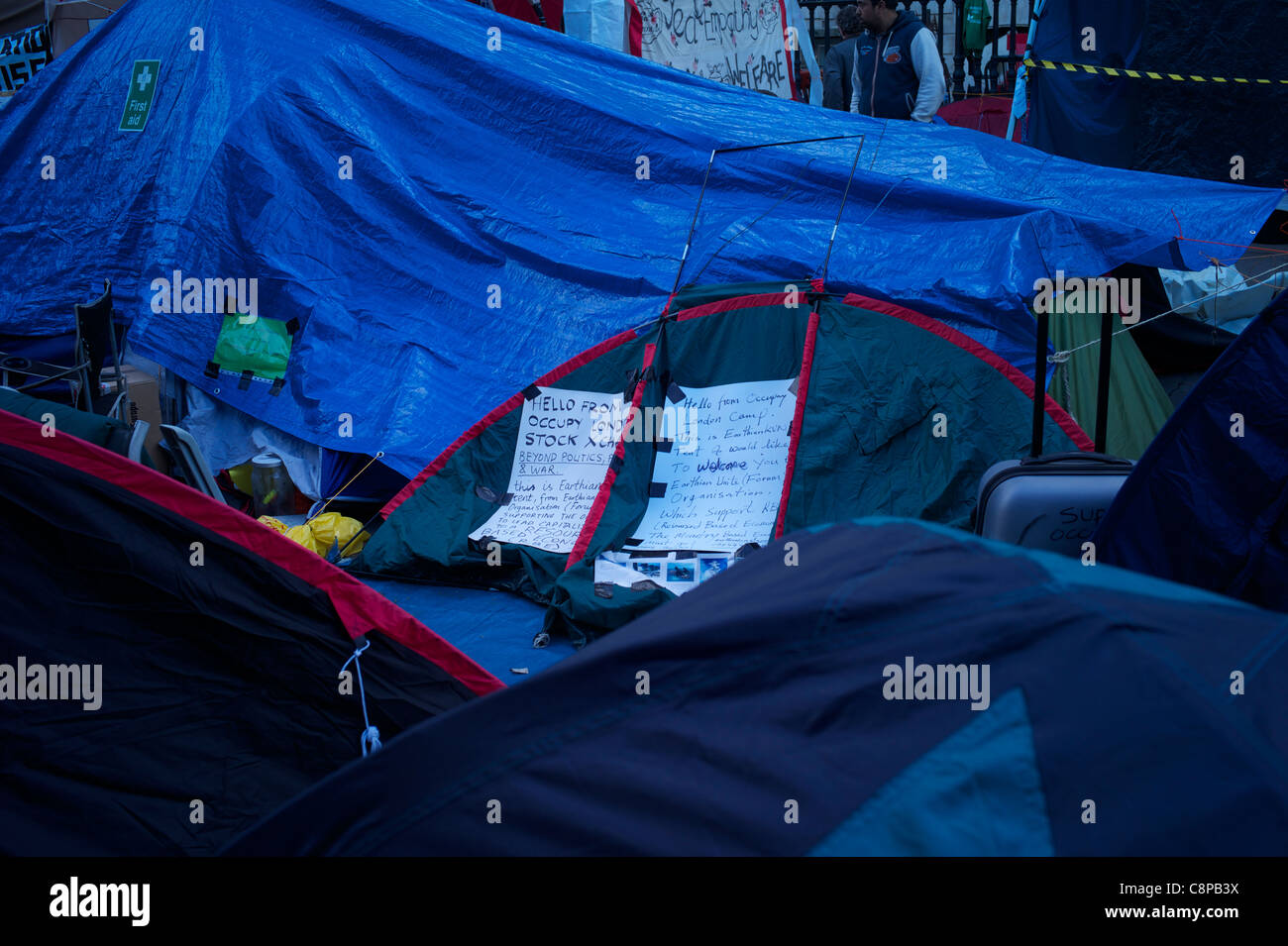 Tented protest at St Pauls against capitalism - Stock Image