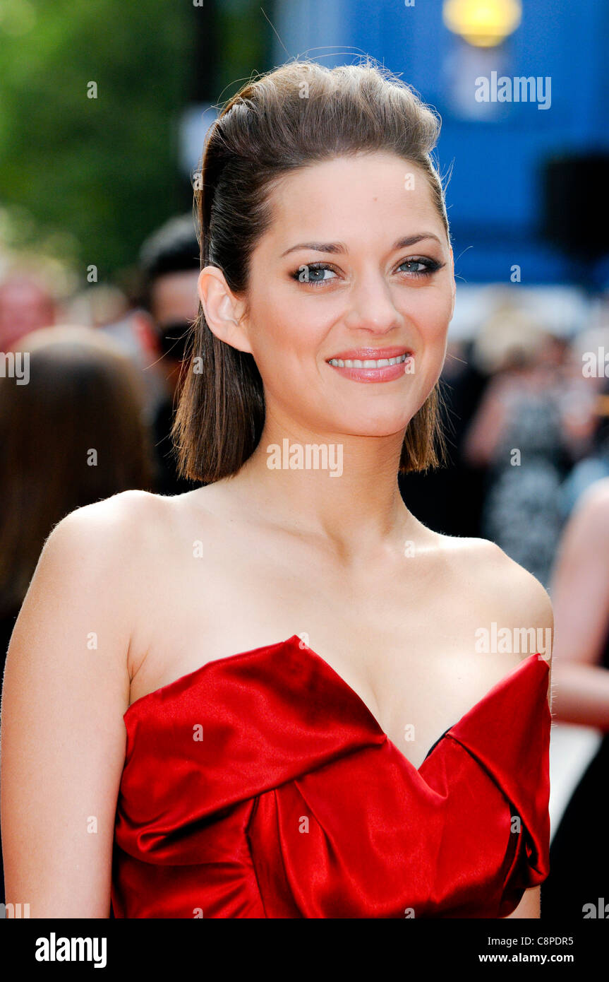 Marion Cotillard attends the UK Premiere of 'Public Enemies' at Leicester Square, London, 29th June 2009. - Stock Image