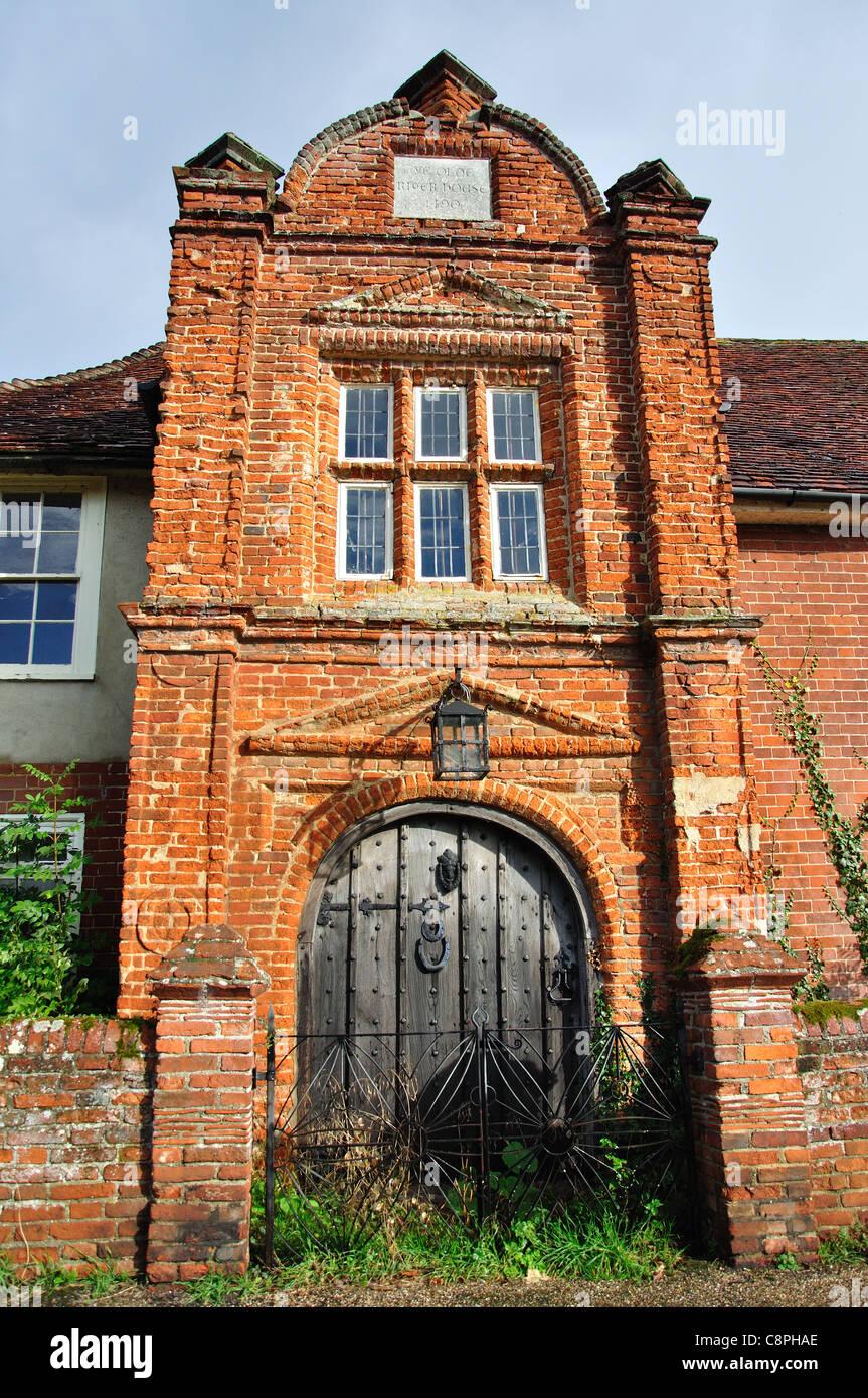 Ye olde River House (1490) gateway, The Street, Kersey, Suffolk, England, United Kingdom - Stock Image