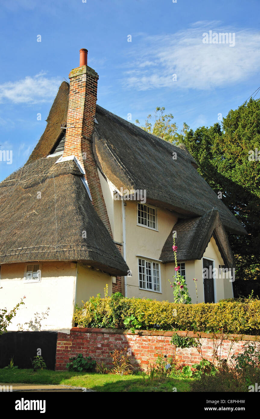 Thatched cottage on The Street, Kersey, Suffolk, England, United Kingdom - Stock Image