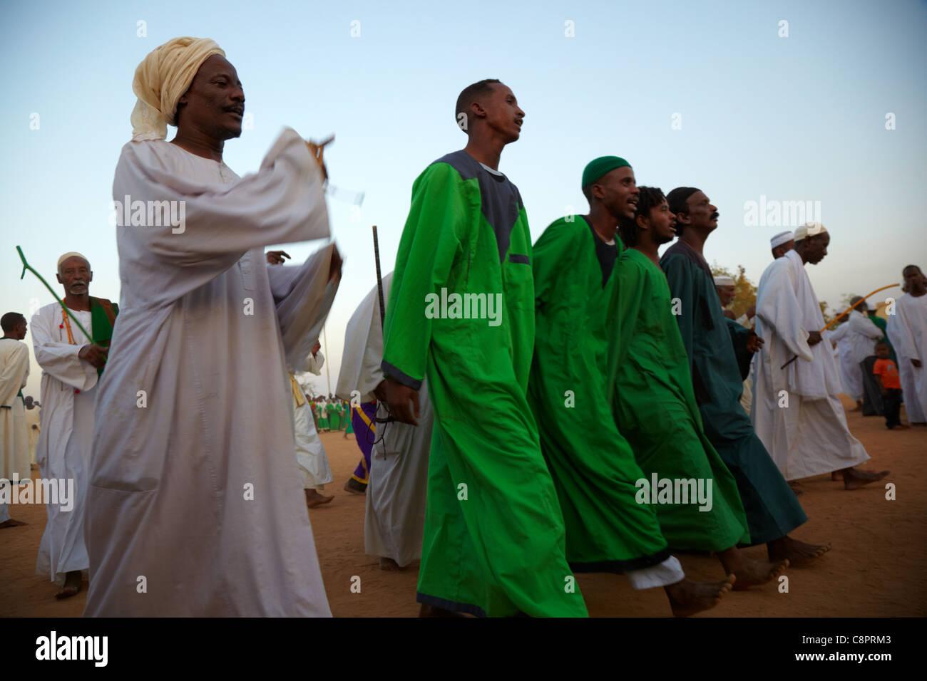 Whirling Dervishes, Hamed Al-Nil Tomb, Omdurman, Northern Sudan, Africa - Stock Image
