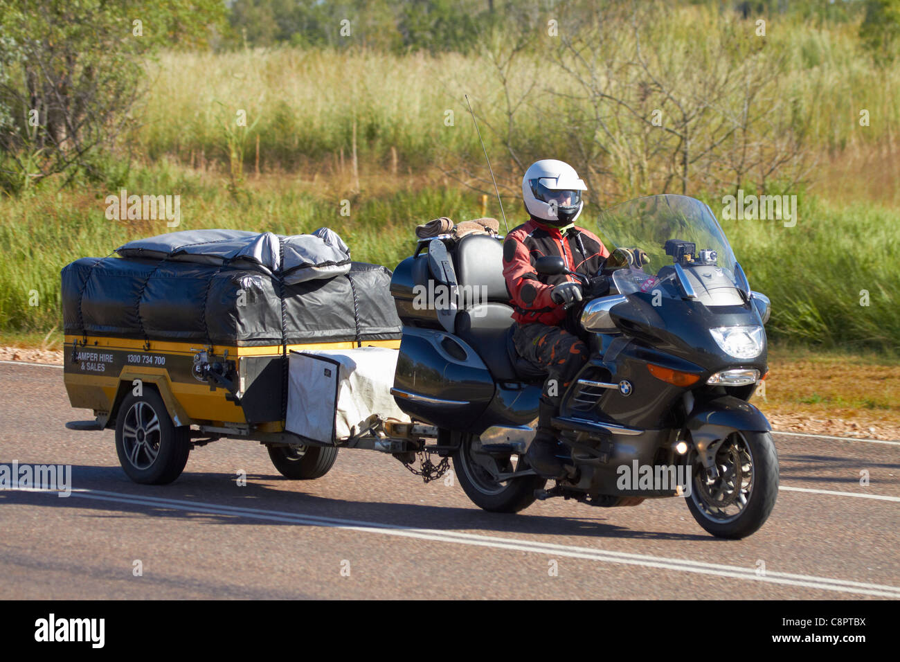 Bmw Touring Bike And Trailer On Stuart Highway Adelaide River Stock Photo Alamy