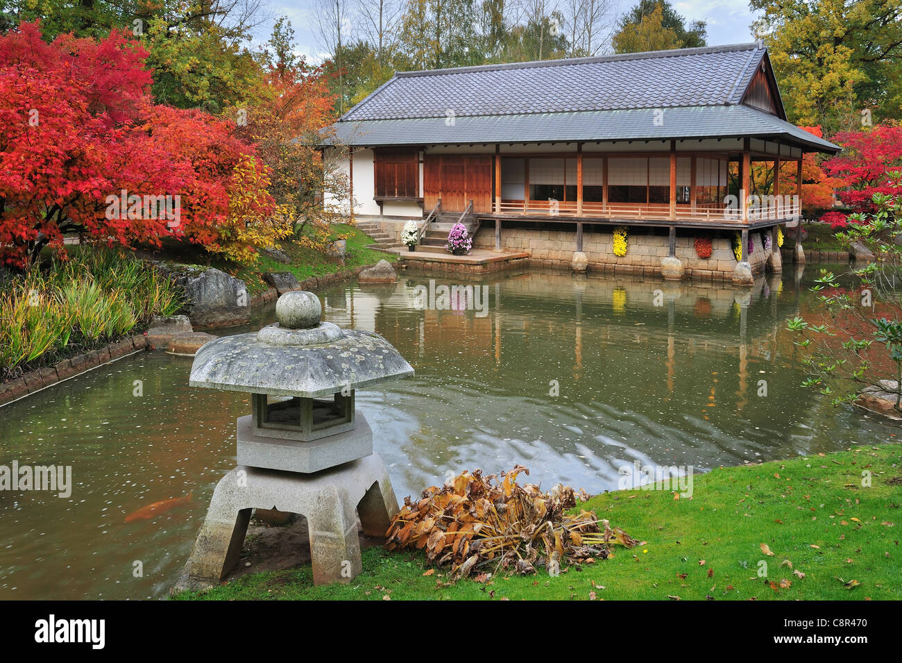 Japanese Stone Garden Stock Photos & Japanese Stone Garden Stock ...