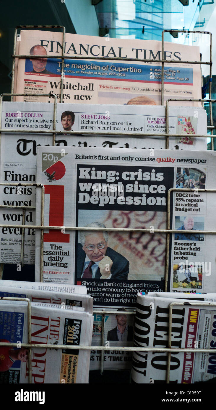 Mervyn King British i newspaper front page headline  'King: Crisis Worst since Depression' in 7 October - Stock Image