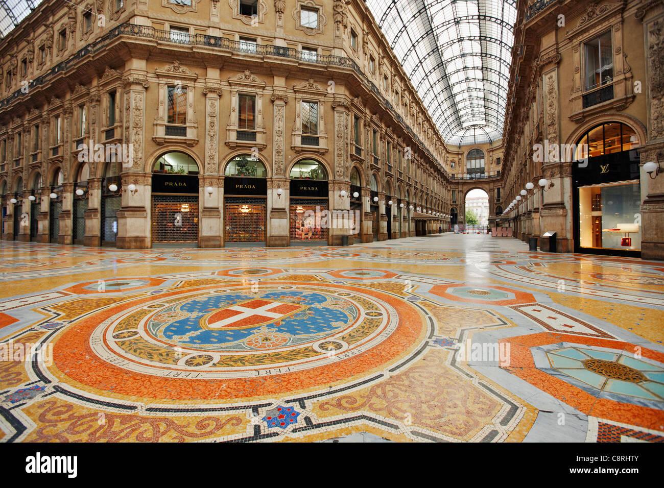 Milan Shopping Luxury Stock Photos & Milan Shopping Luxury ...