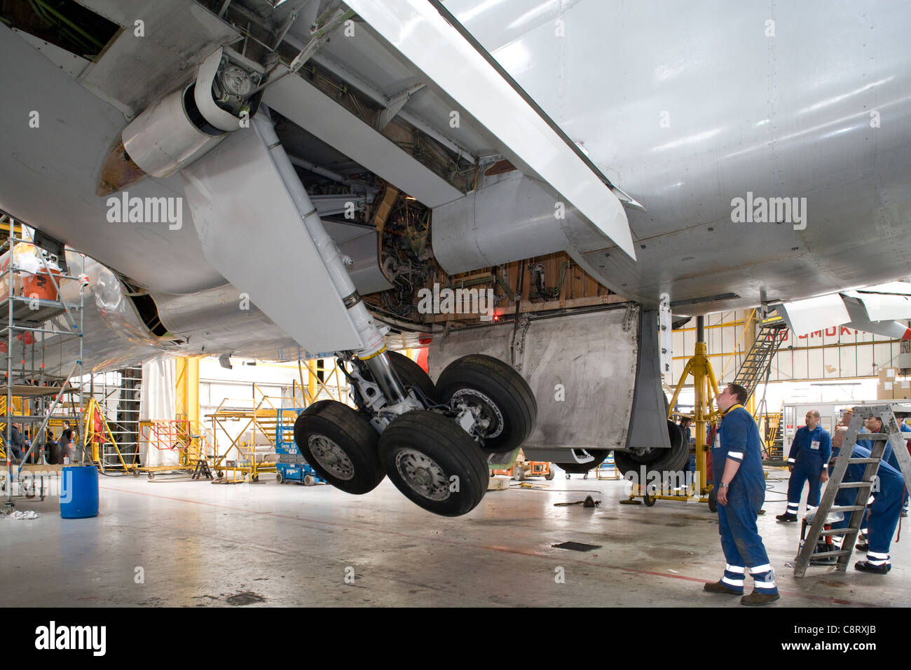 Boeing 757 maintenance undercarriage retraction check - Stock Image