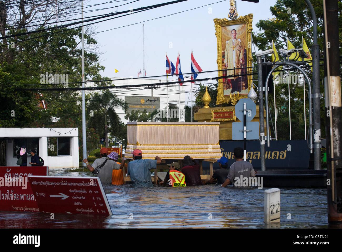 Thailand, Bangkok,1-11-2011, Phahon Yothin Road in Northern