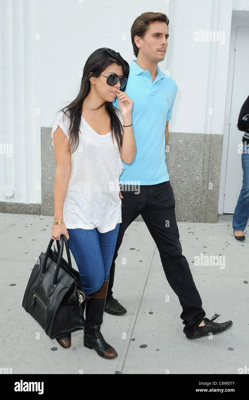 Kourtney Kardashian (carrying a Celine bag) 0bff5950ada91