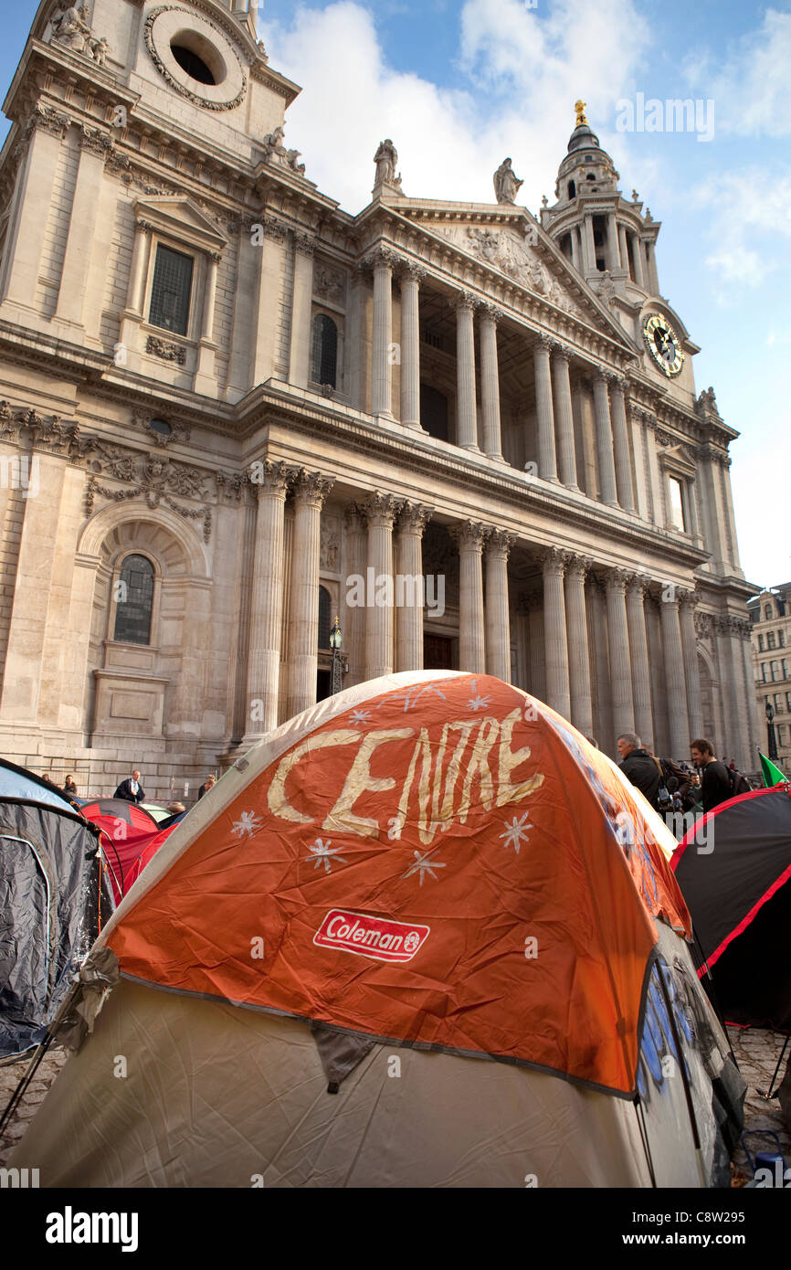 St Paul's cathedral anti-capitalist protesters camp. - Stock Image