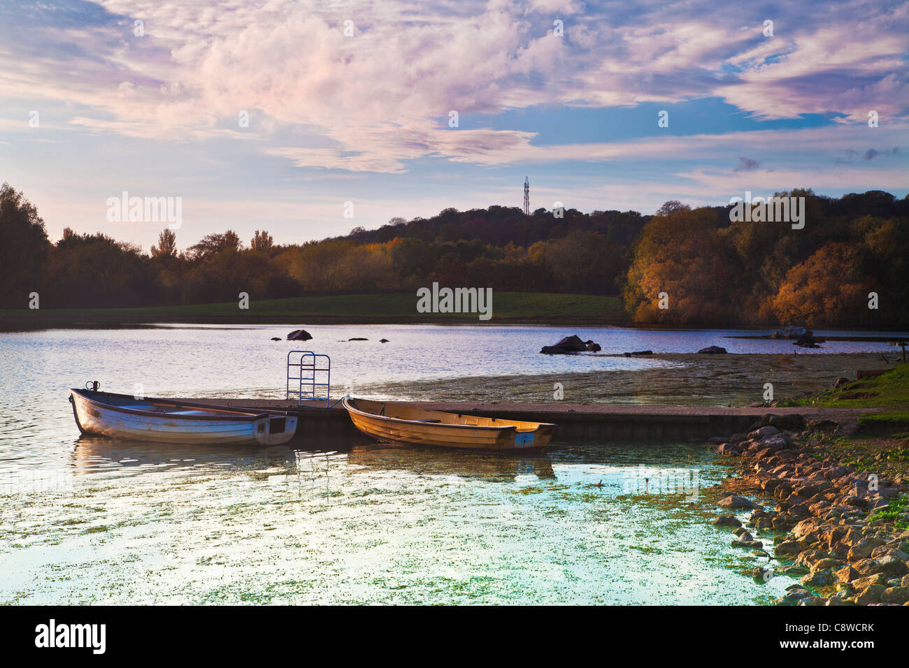 A late autumn afternoon on the lake at Colwick Country Park, Nottingham, Nottinghamshire, England, UK - Stock Image