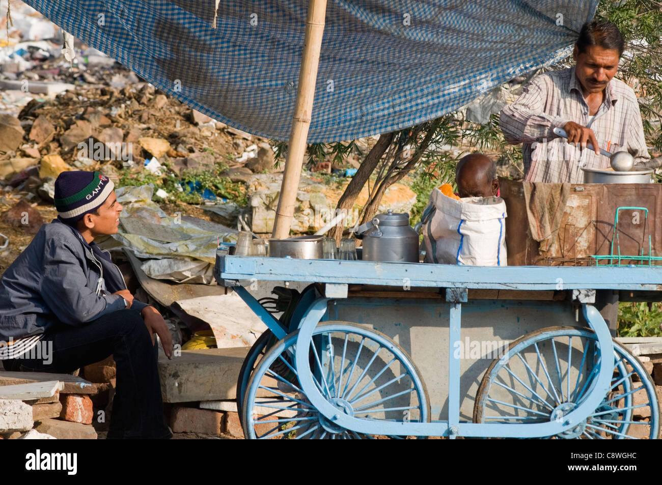 A roadside food stall in Bhopal, India - Stock Image