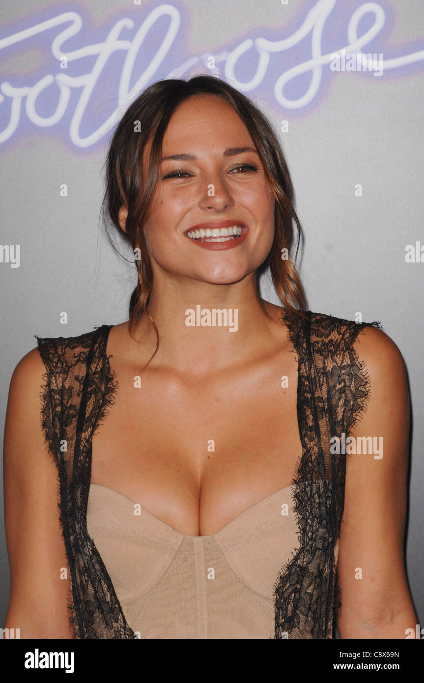 Cleavage Brianna Evigan nudes (21 photos) Tits, Twitter, butt