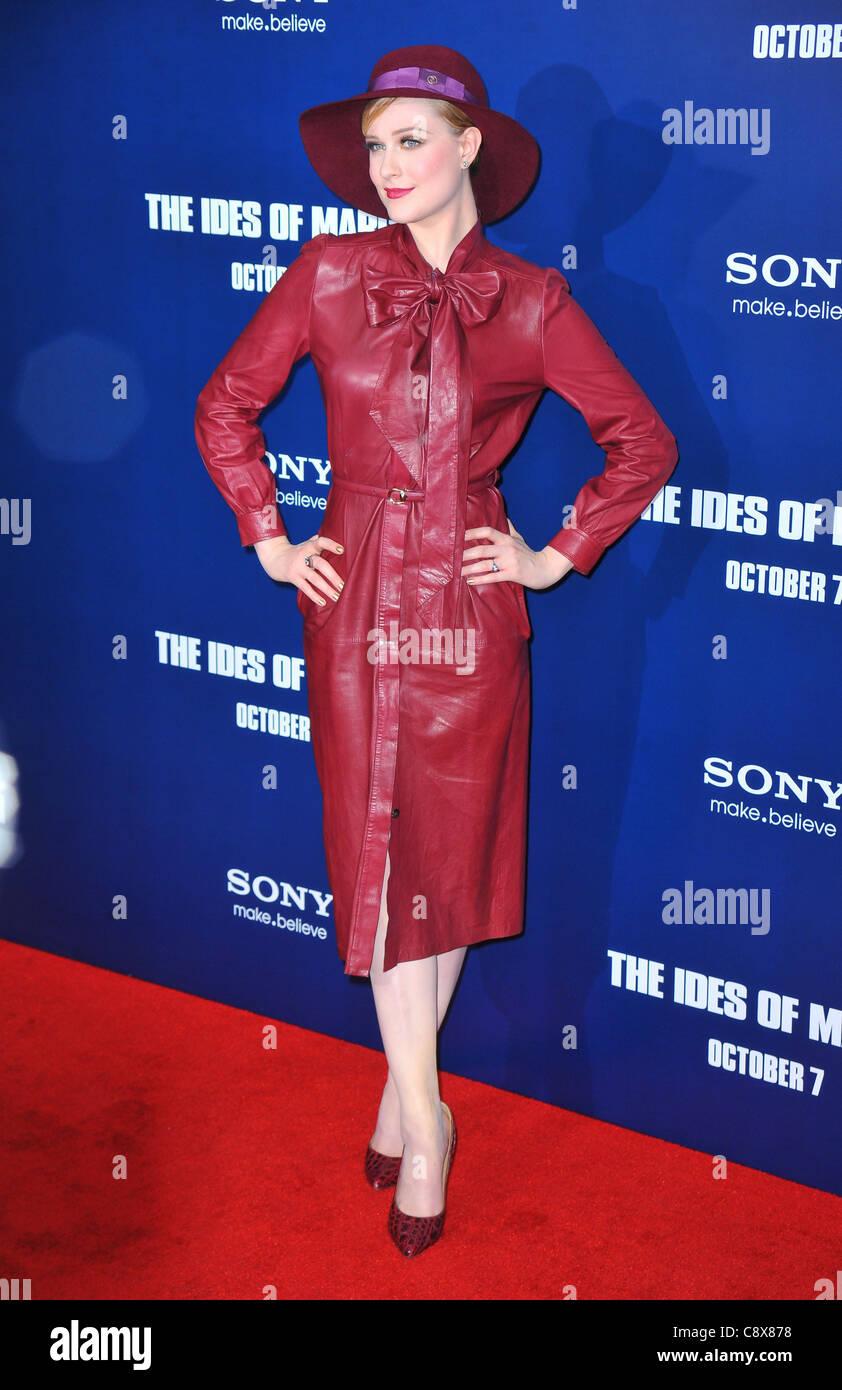 Evan Rachel Wood wearing dress Gucci Ferragamo shoes arrivalsIDES MARCH New York PremiereZiegfeld Theatre New York - Stock Image