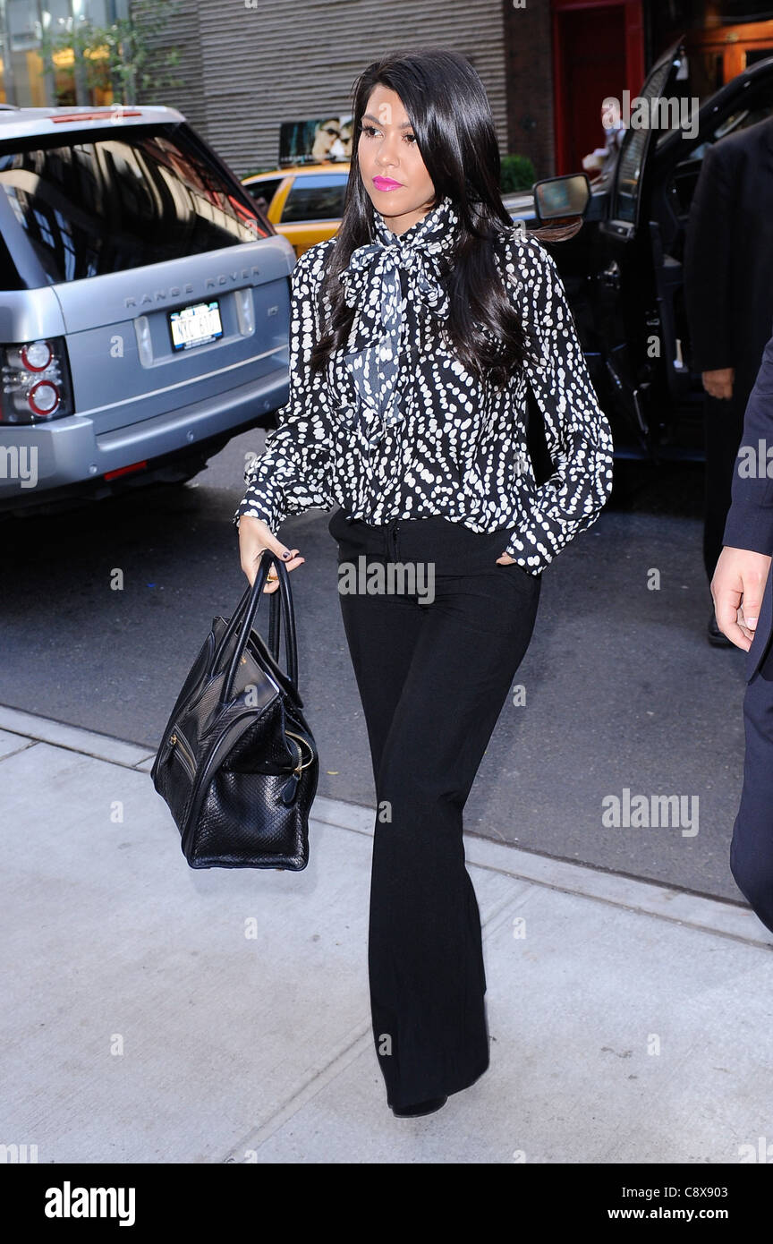 Kourtney Kardashian carrying Celine bag enters her Midtown Manhattan hotel  out about CELEBRITY CANDIDS - THU New York NY 9447139a4ce80