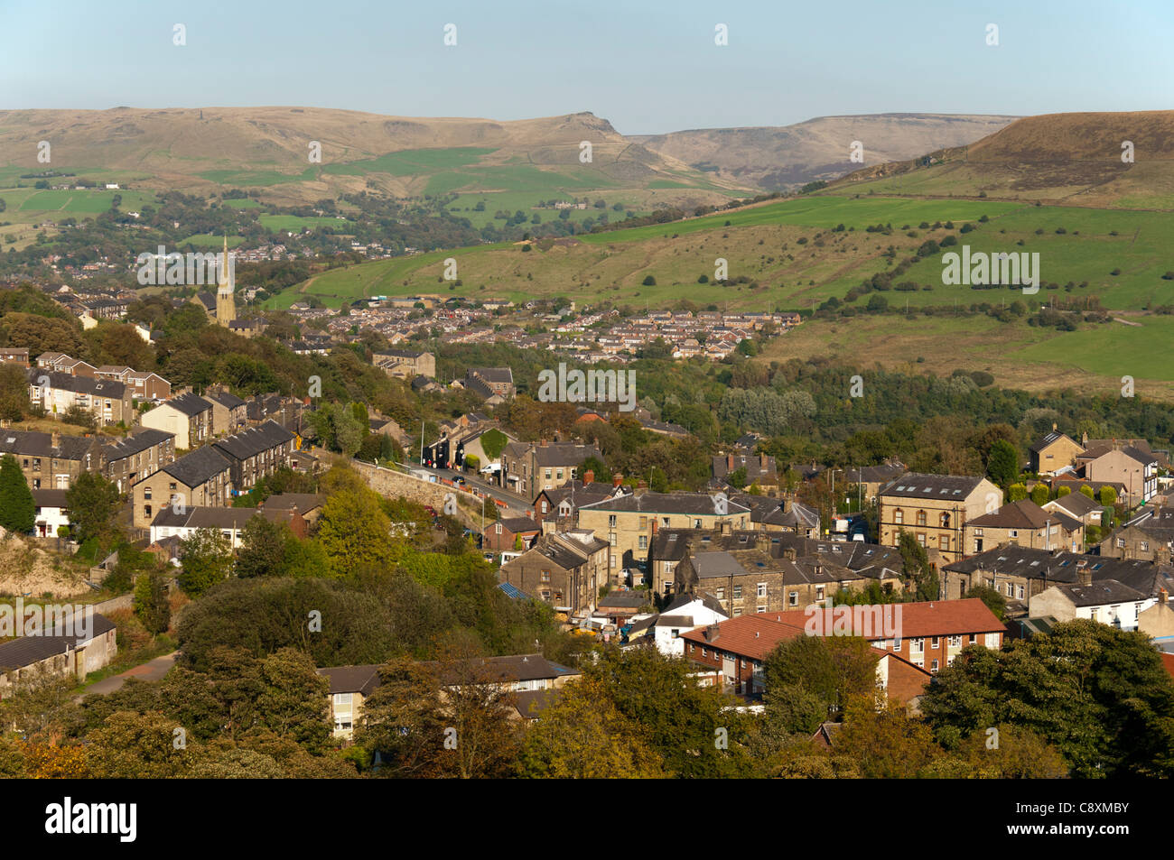 Mossley and the Tame Valley, looking toward the Saddleworth Moors.  Tameside, Greater Manchester, England, UK - Stock Image