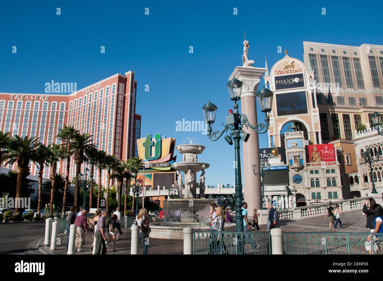 Las Vegas Lifestyle Stock Photos & Las Vegas Lifestyle Stock Images ...