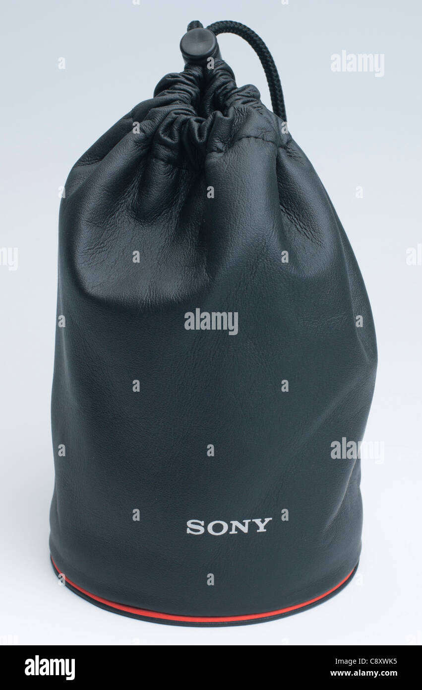 Sony Carl Zeiss 24mm f/2 lens - leather pouch - Stock Image