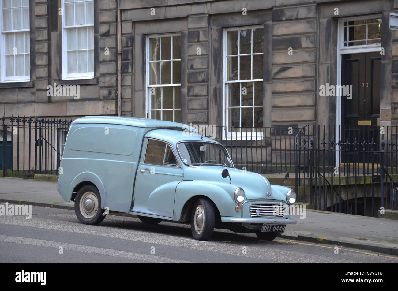 Morris Minor van parked in Edinburgh's New Town. - Stock Image