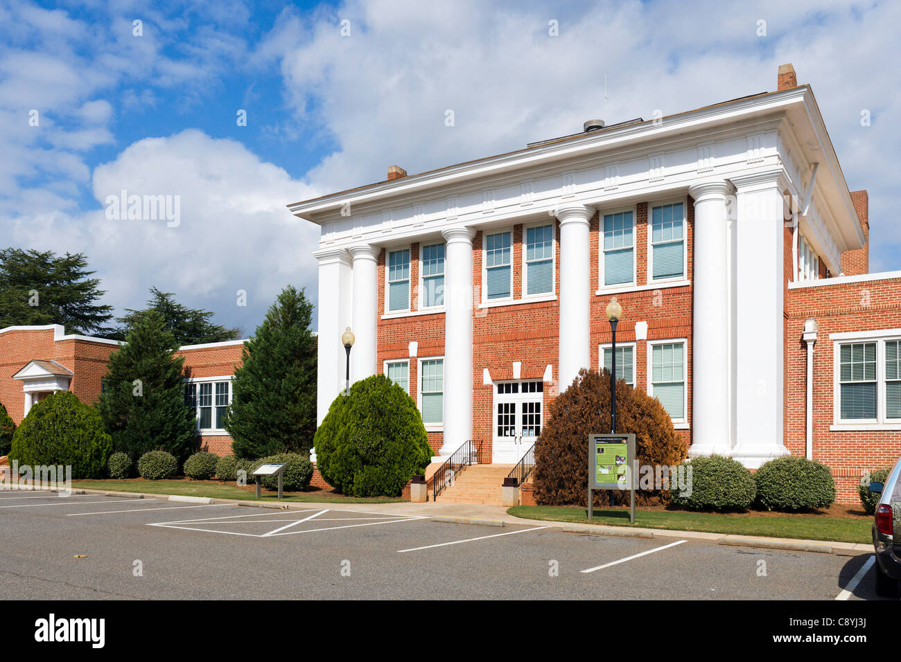 Jimmy Carter National Historic Site Visitor Center (formerly Plains High School), Plains, Georgia, USA - Stock Image