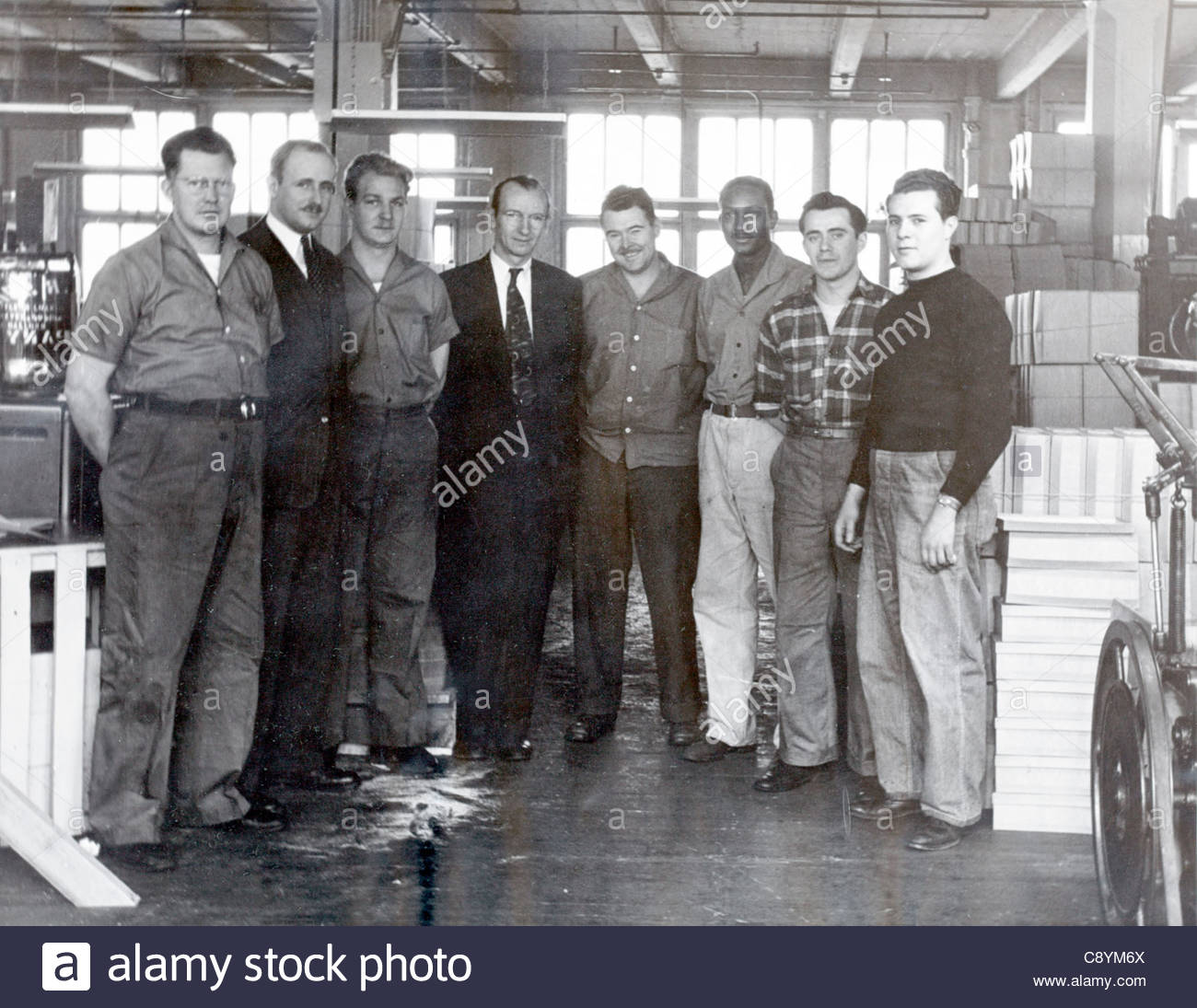 factory management with with returned to work soldier USA 1946 - Stock Image