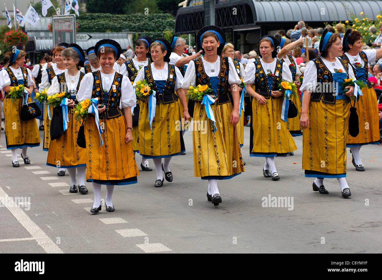 Swiss Kleidung