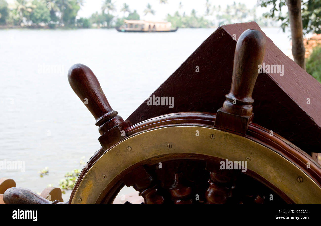 Close up of the forward steering wheel of a Kettuvallam,house boat in the Kerala Backwaters at  Lake  Vembanad, - Stock Image