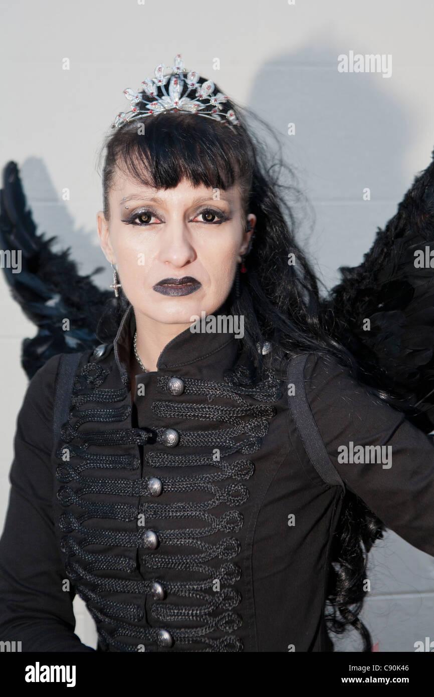 Goth girl dating uk