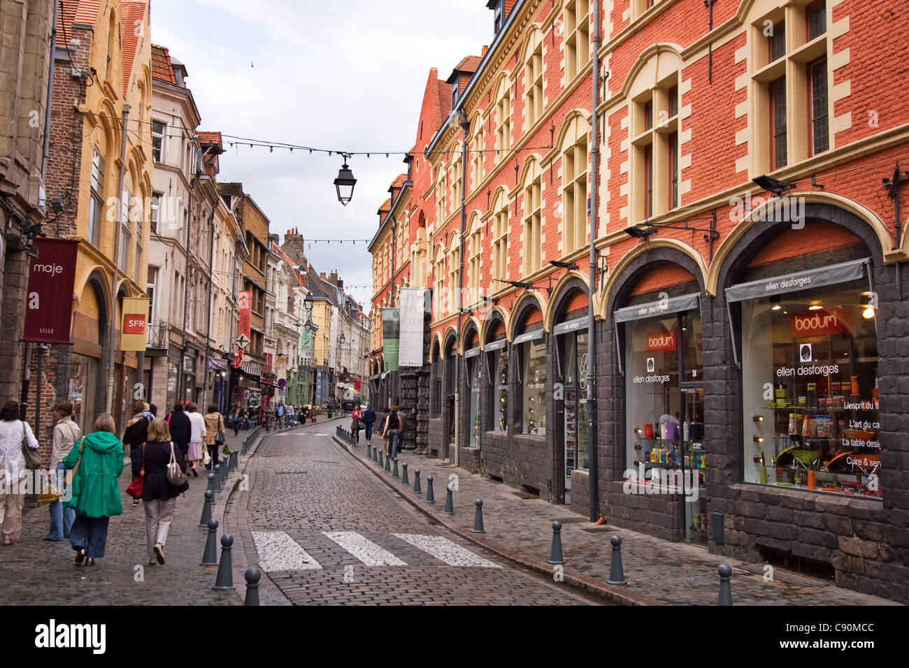 rue de la monnaie lille france stock photo 39968668 alamy. Black Bedroom Furniture Sets. Home Design Ideas