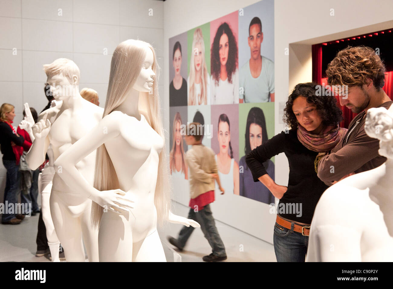 People visting German Hygiene Museum, Dresden, Saxony, Germany - Stock Image