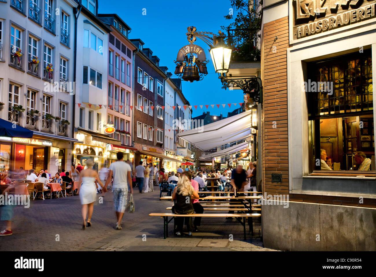 People at brewery Uerige at the Old town, Duesseldorf, Duesseldorf, North Rhine-Westphalia, Germany, Europe - Stock Image