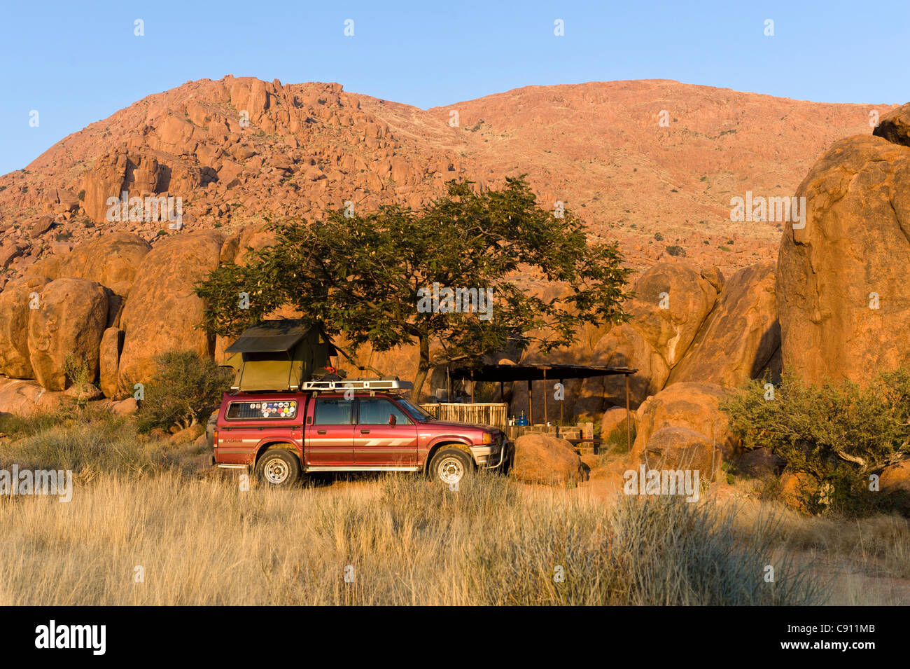 Vehicle with rooftent on Koiimasis farm Tiras Mountains Namibia - Stock Image