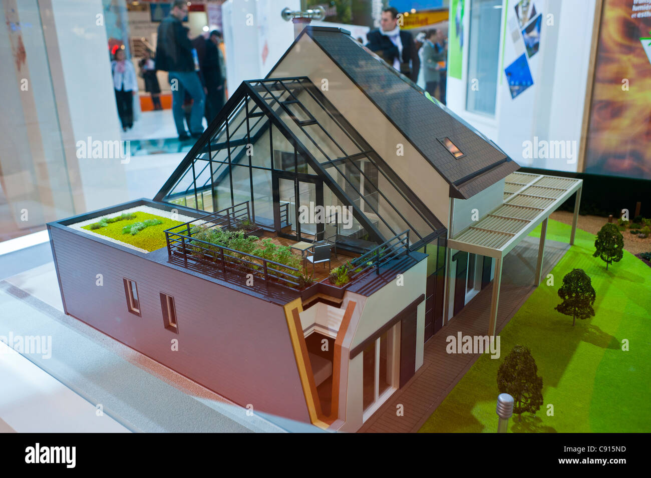 Paris france batimat construction materials trade show for Model house building materials