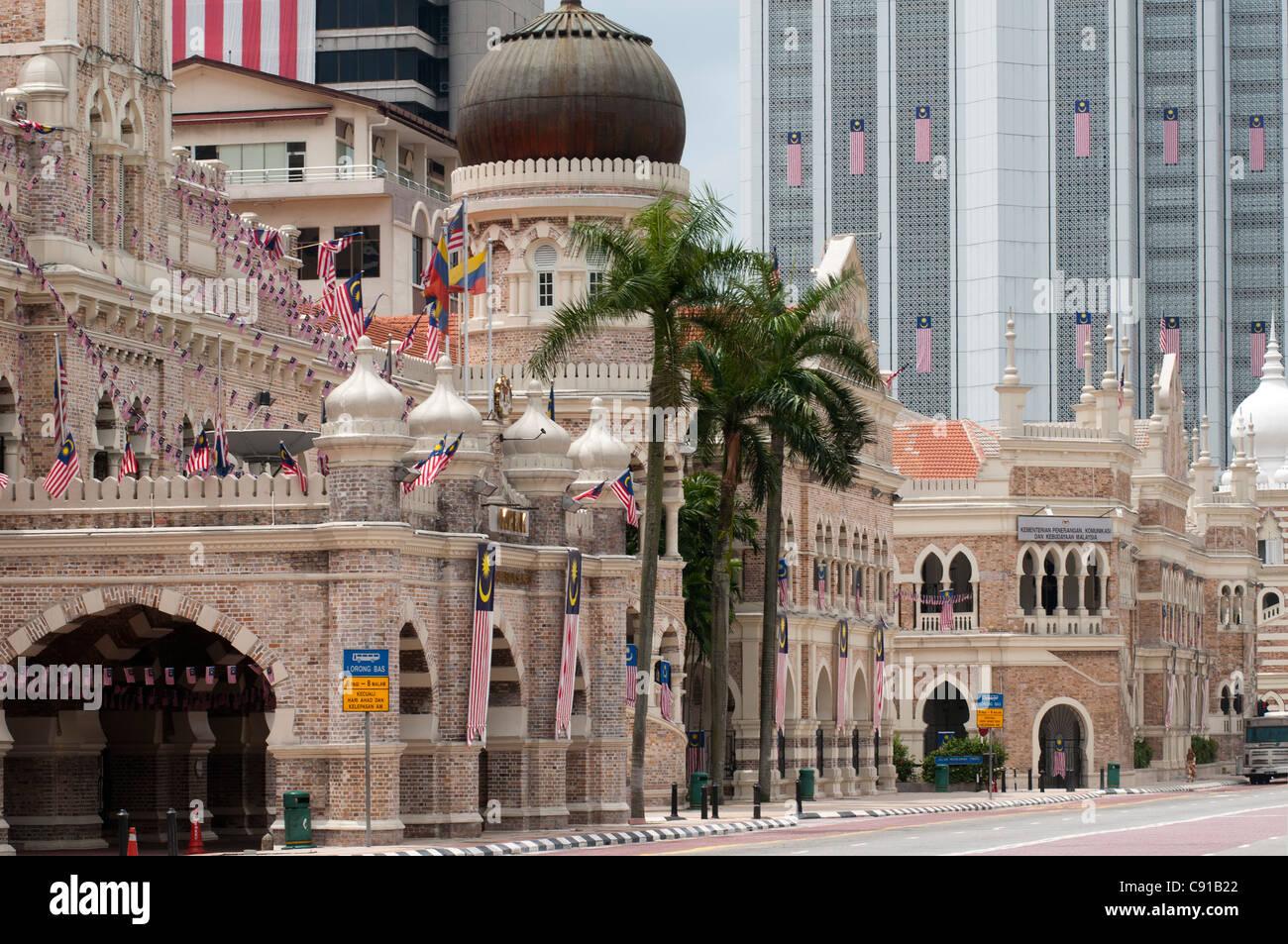 View from Merdeka Square to Sultan Abdul Samad Building, Kuala Lumpur, Malaysia, Asia - Stock Image