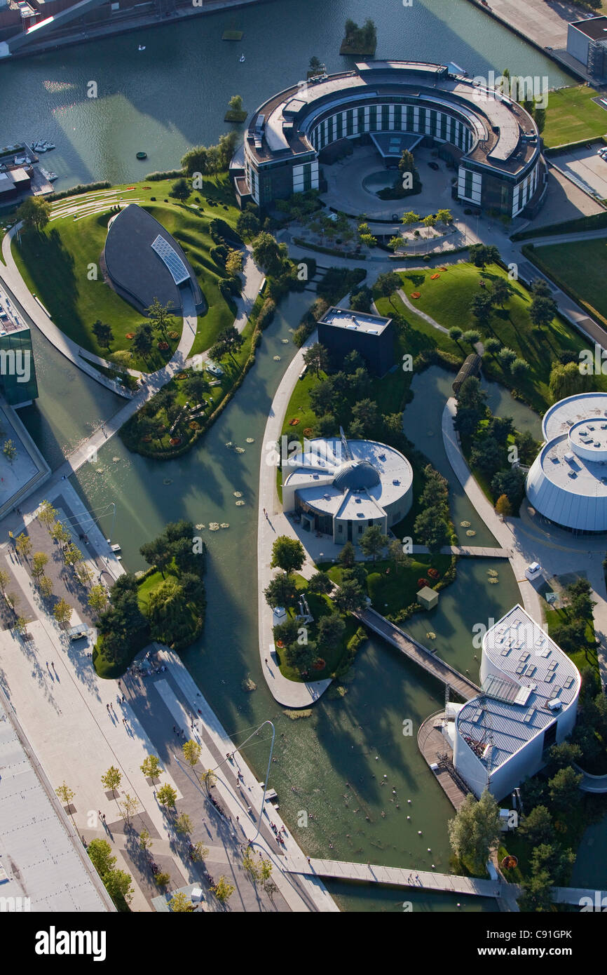 Aerial view of pavilions in the park at Volkswagen Autostadt, Wolfsburg, Lower Saxony, Germany - Stock Image