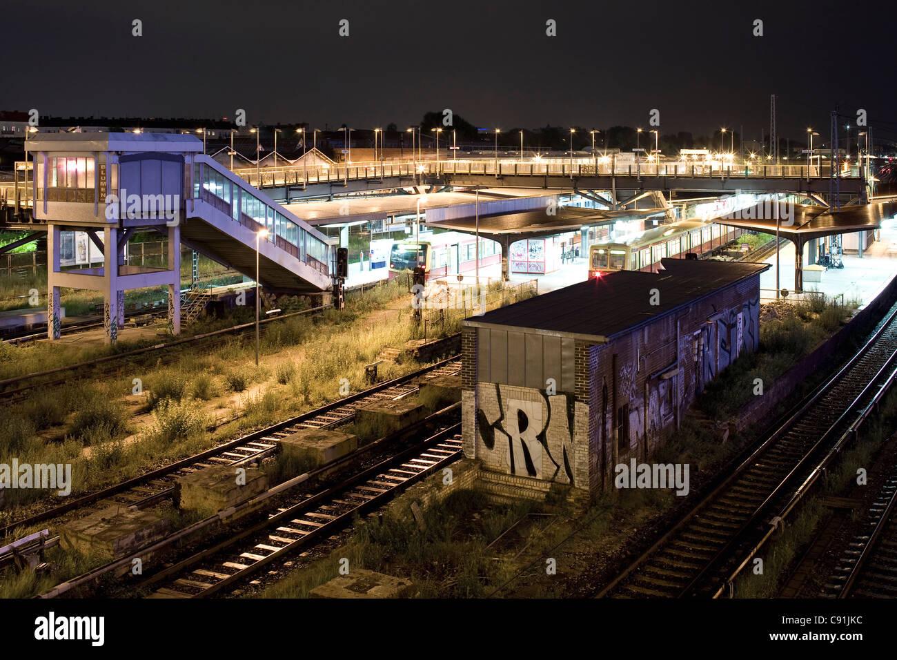 Subway station, Warschauer Strasse, Berlin-Friedrichshain, Berlin, Germany, Europe - Stock Image