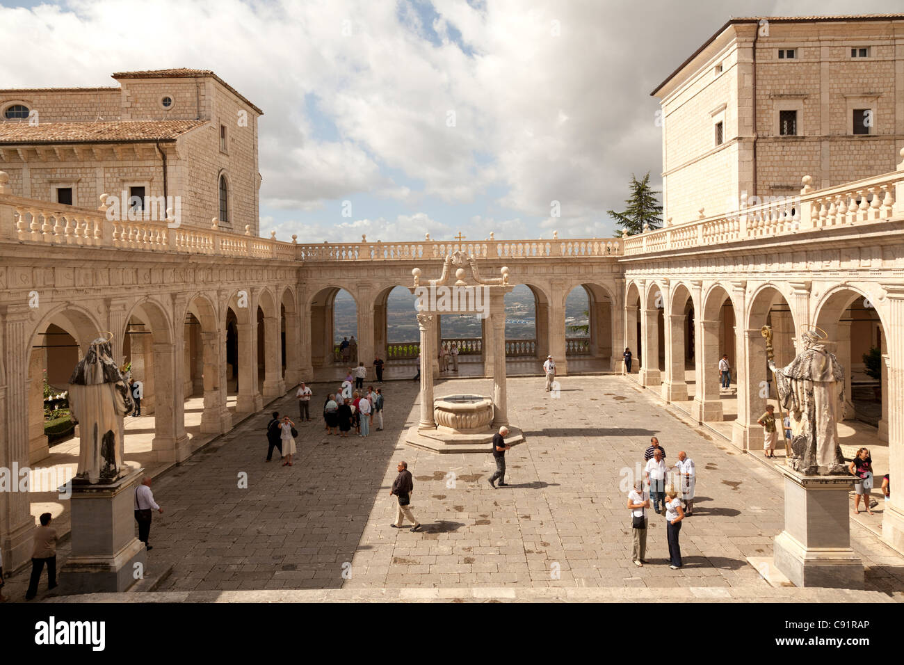 Cloister of Bramante at Monte cassino Abbey - Stock Image