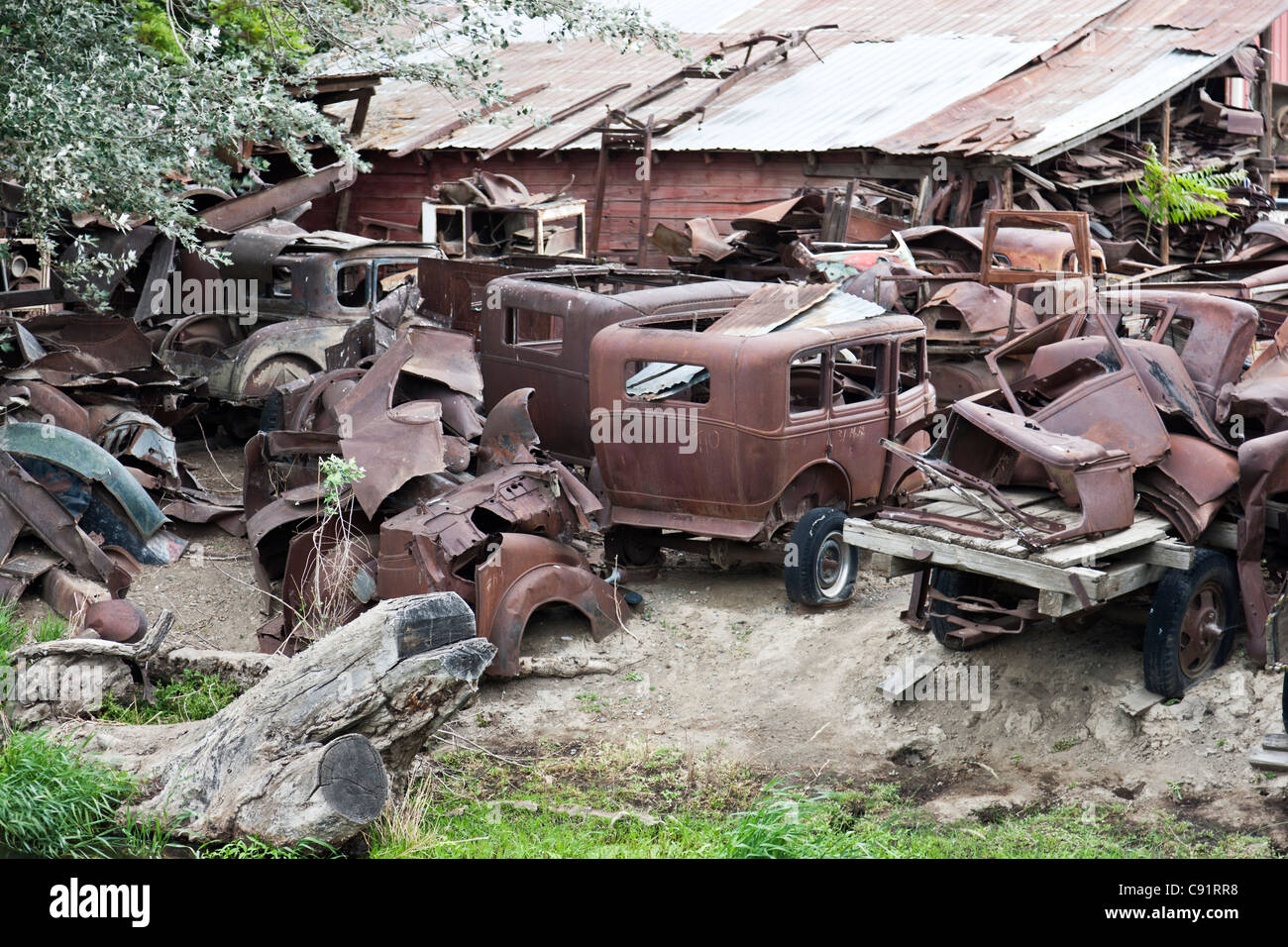 Classic vehicles, graveyard. - Stock Image