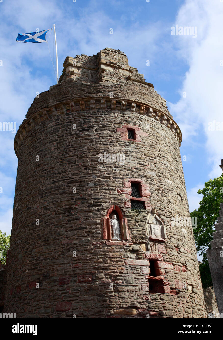 The ruins of The Earl's Palace are situated close to St Magnus Cathedral in the centre of Kirkwall the main - Stock Image