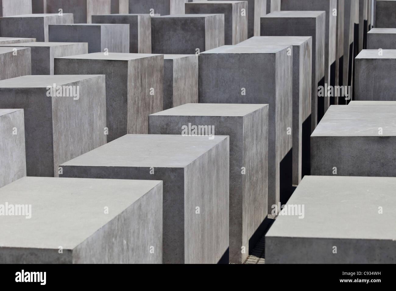 Concrete blocks of the Holocaust Memorial to the Murdered Jews of Europe, Potsdamer Platz, Berlin, Germany. - Stock Image