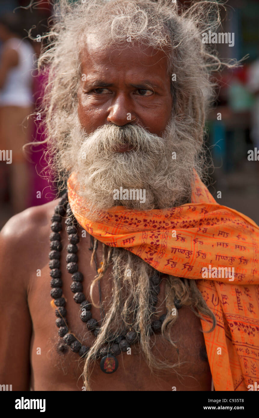 A Hindu holy man, or Sadhu, near Manikula on the outskirts of Kolkata. - Stock Image