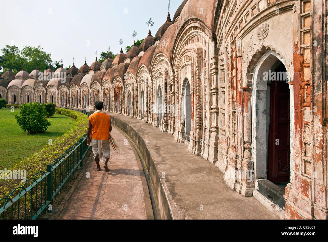 Some of the 108 Shiva brick Temples at Kalna. Built in 1809 by Maharaja Teja Chandra Bahadur.. - Stock Image