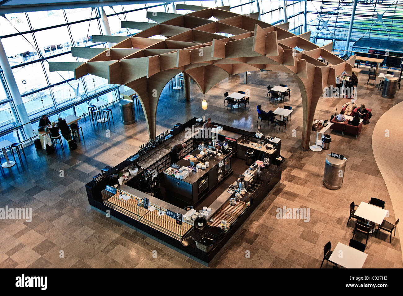 The Oak Bar, Terminal 2, Dublin Airport, Collinstown, Dublin, Co. Dublin, Ireland. - Stock Image