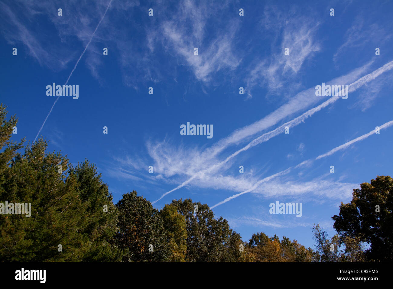 Cirrus clouds and contrails Eastern USA - Stock Image