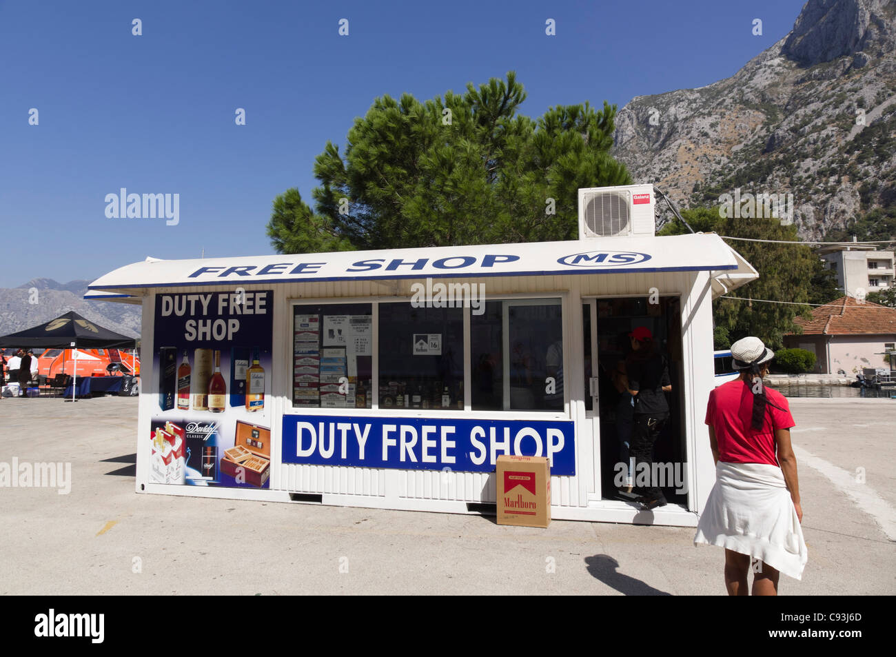 montenegro kotor the duty free shop stock photo 40032789 alamy
