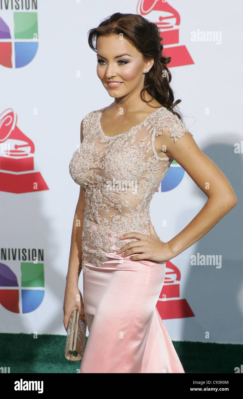 Angelique Boyer angelique boyer at arrivals for 12th annual latin grammy