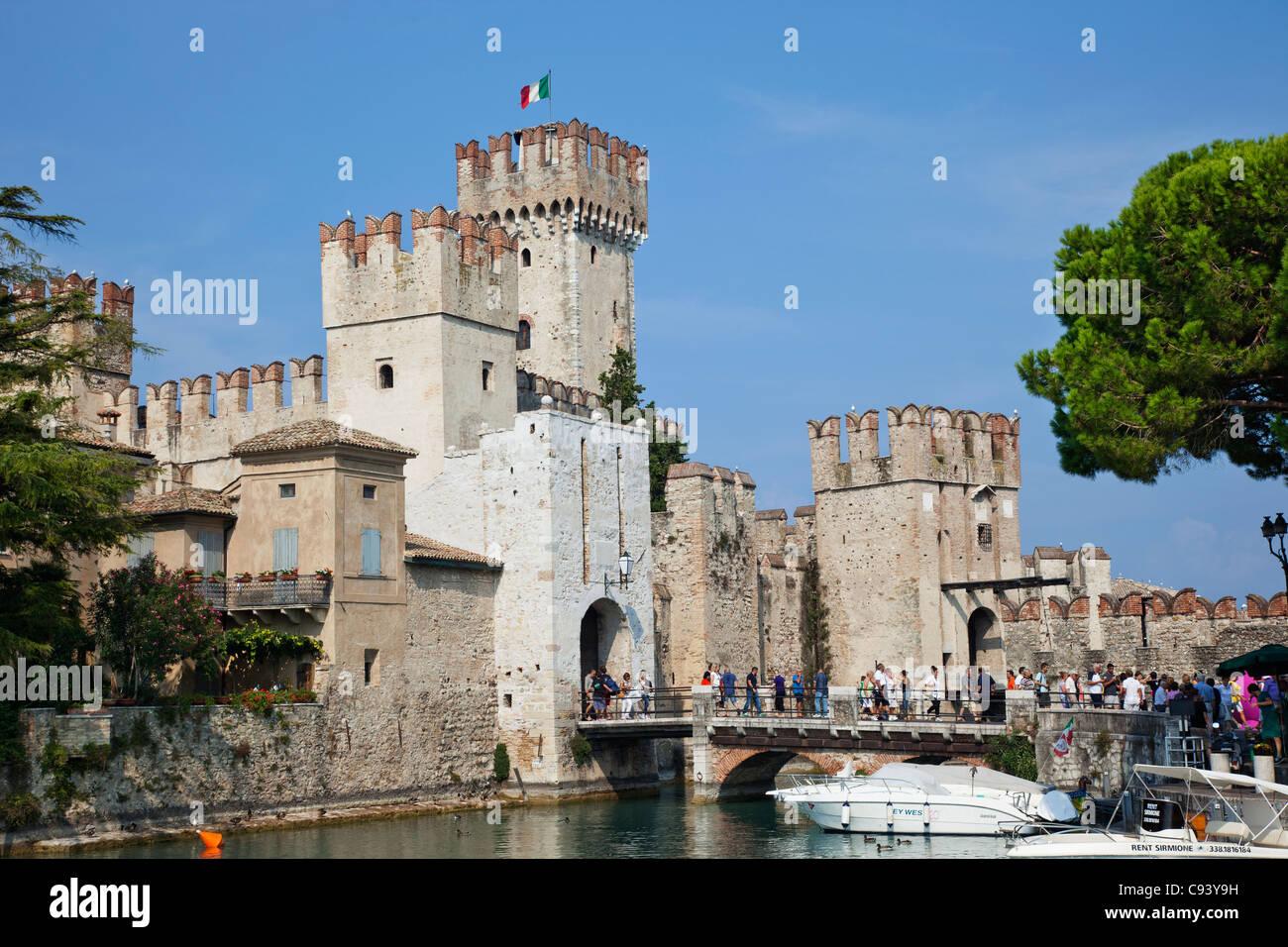 Italy, Lombardy, Lake Garda, Sirmione, Sirmione Castle - Stock Image