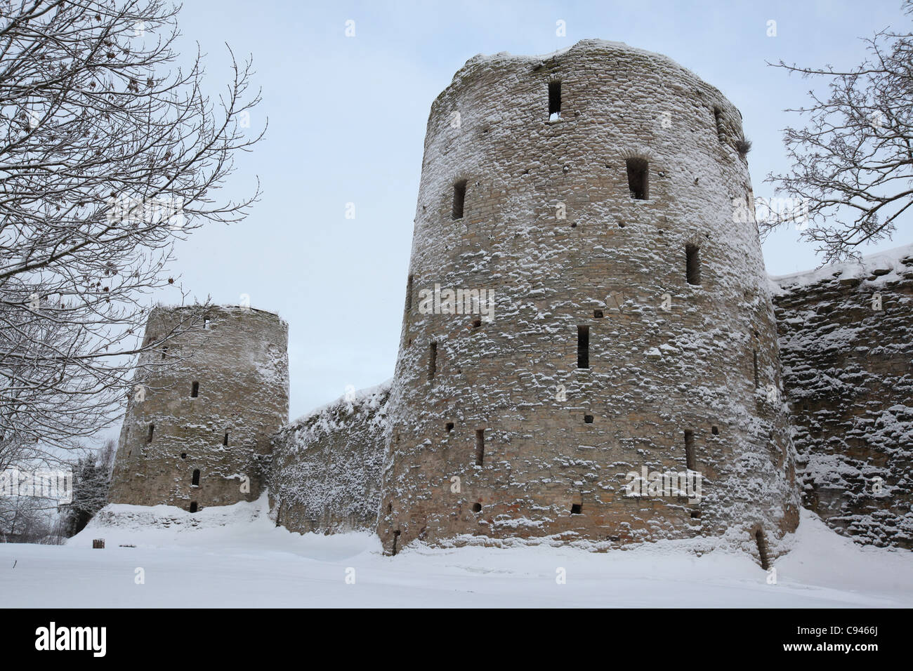 Izborsk fortress, Pskov region: photo and description, history of sights, how to get 93
