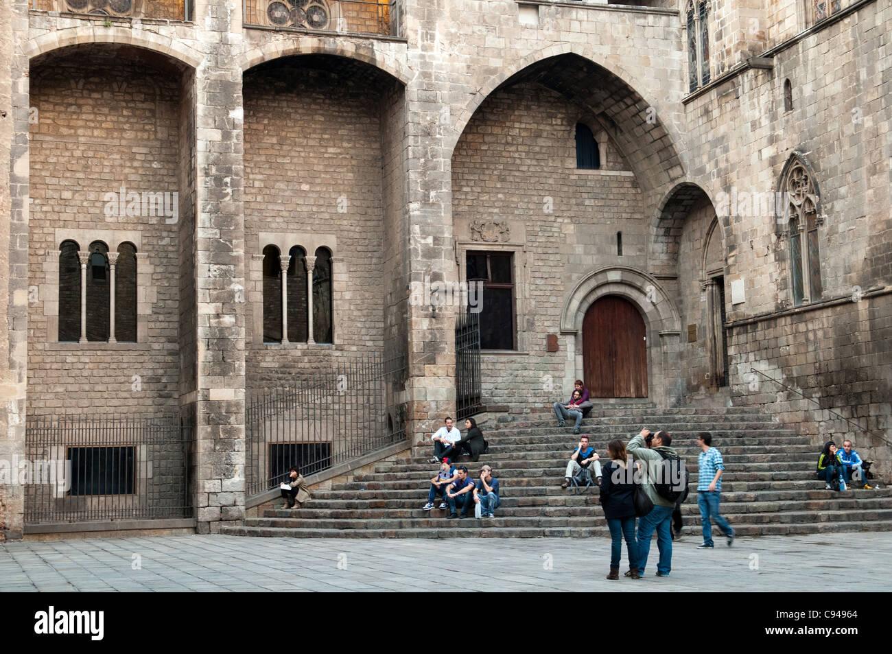 Palau Reial, Placa del Rei, Barcelona, Spain - Stock Image