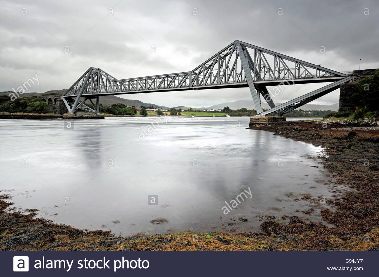 Connel cantilever bridge - Stock Image